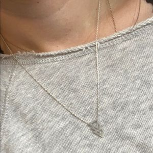 Short silver arrow fashion jewelry necklace